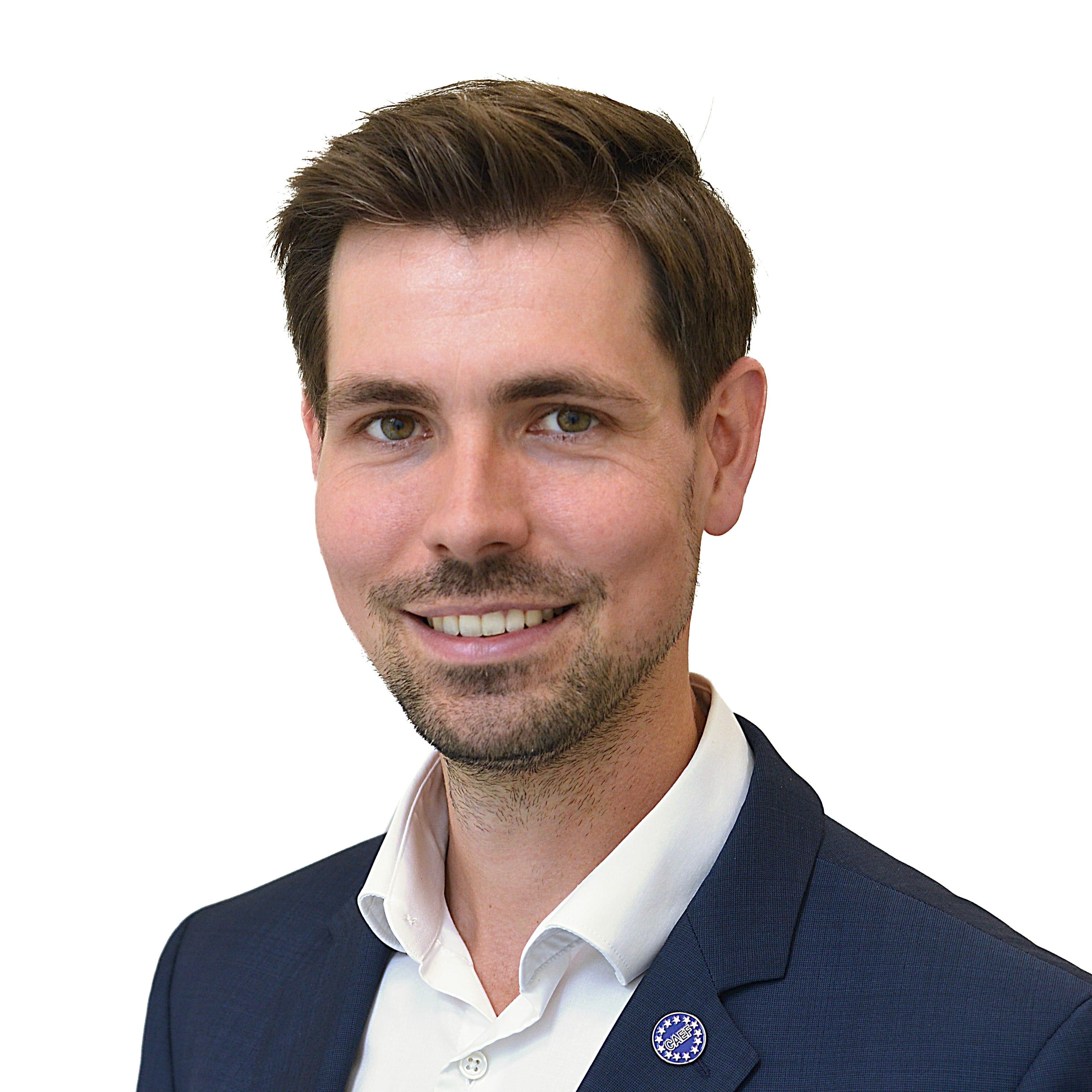 Dr. Fynn-Willem Lohe